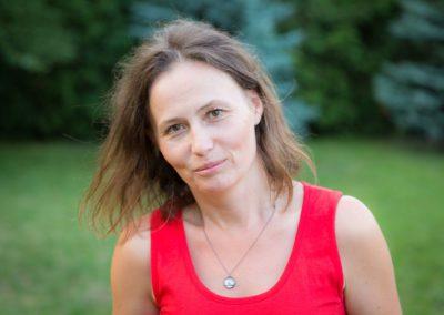 Wojciechowska Ania - studentka ekologii USKW, absolwentka AWF. Jej zainteresowania to turystyka, sport, architektura, projektowanie, dekorowanie wnętrz, kino, teatr, literatura, muzyka i malarstwo. Ceniona za kreatywne i odpowiedzialne podejście do powierzonych zadań.