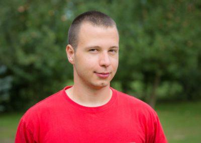 Ziołański Miłosz - student medycyny ratunkowej PWSZ w Kaliszu. Jego hobby to militaria, sztuki walki, broń palna oraz survival.
