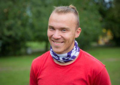 Sakowski Michał - student AWF w Białej Podlaskiej. Od 16 roku życia uprawia różne sporty walki. Dzięki otwartości, poczuciu humoru i pewności siebie, szybko zjednuje sobie otoczenie i nie ma problemów z budowaniem pozytywnej relacji z dziećmi.